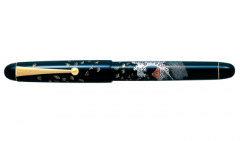 Mount Fuji and Wave * Namiki Tradition Collection